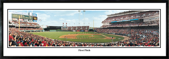 Cincinnati-lgReds-First-Pitch-at-the-Great-American-Ballpark.jpg